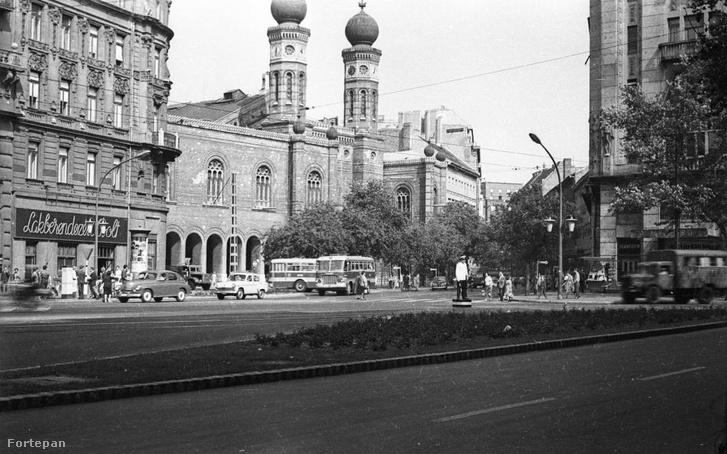 A Dohány utcai zsinagóga 1966-ban.