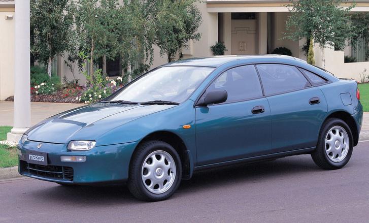 auto/MAZDA/323, 323F 1994-1998/XLARGE/01fs
