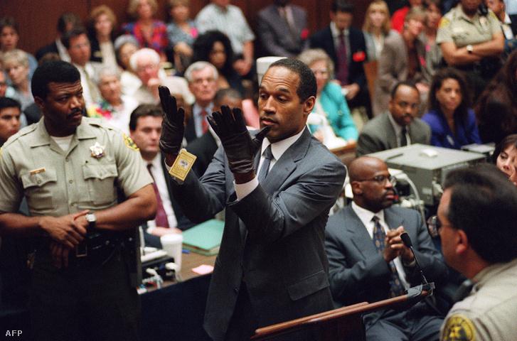 Los Angelesben a bíróság előtt 1995-ben