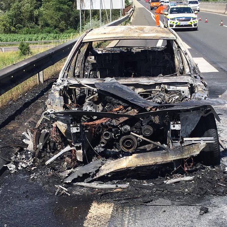 A szlovén tűzoltók szerint az utóbbi hetekben 3 BMW-t is oltottak
