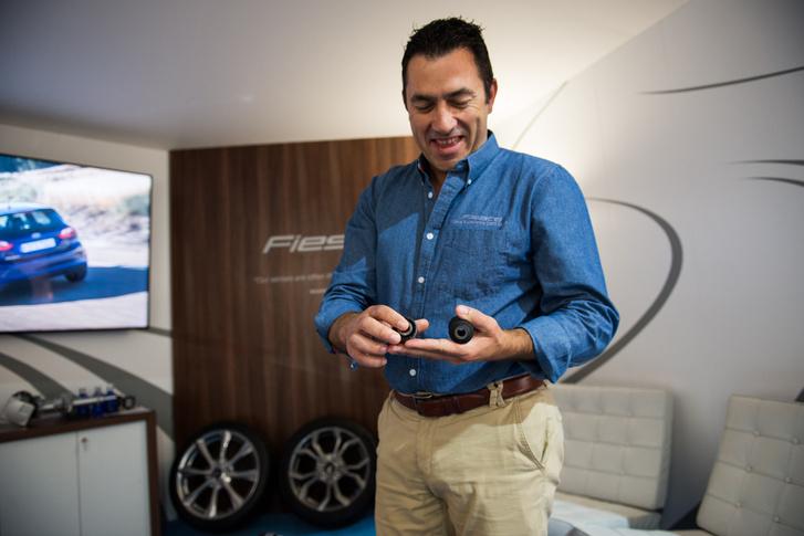 Geer Van Noyen, a Forf Of Europe Vehicle Dynamics igazgatója. Ő felel a futóművekért.