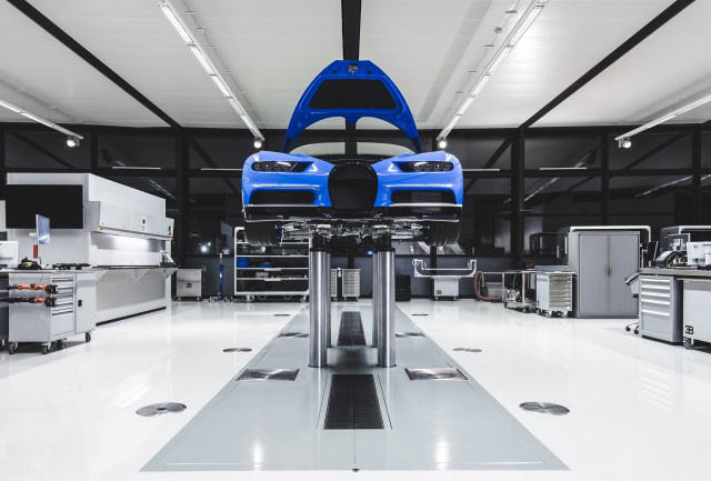 bugatti-chiron-production-in-molsheim-france 100591480 m