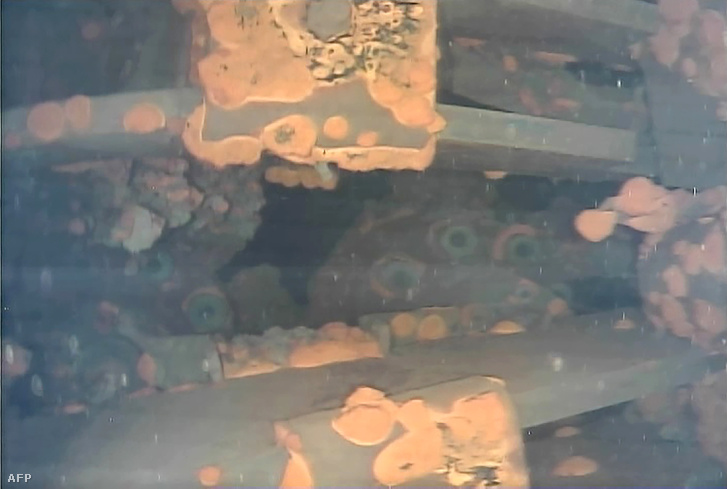 A víz alatti robot felvétele