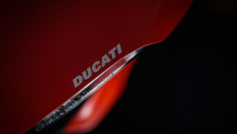 ducati-1299-superleggera-name