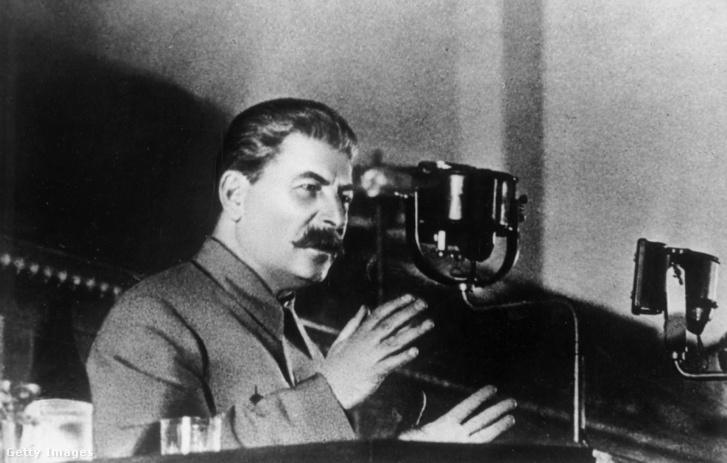 Sztálin beszéd közben