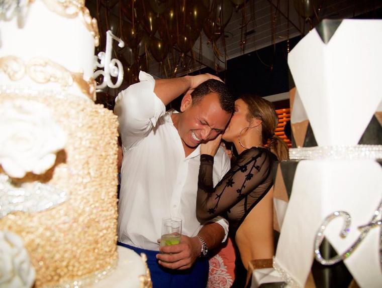 A bal oldali Lopez tortája, a jobb oldali Rodriguezé volt