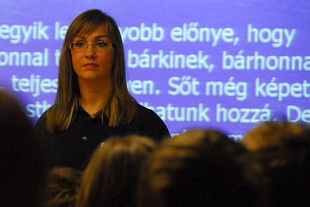 Diószegi Judit rendőr őrnagy és az internet veszélyei