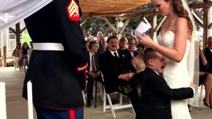 Jól megríkatta saját mostohafiát az esküvőn
