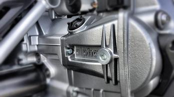 Jönnek a 150 lóerős, változó szelepvezérlésű BMW bokszerek