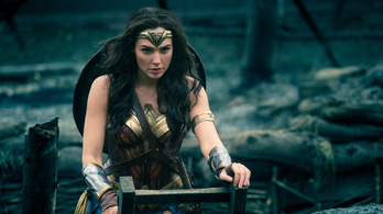 Oscart akar a Wonder Womanért a Warner Brothers