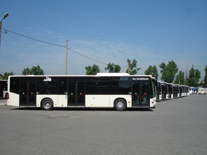 Vajon milyen buszokra cserélik a Mercedeseket?