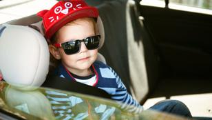 Egy 4 éves gyerekkel a hátsó ülésen lopták el az autót Pápán