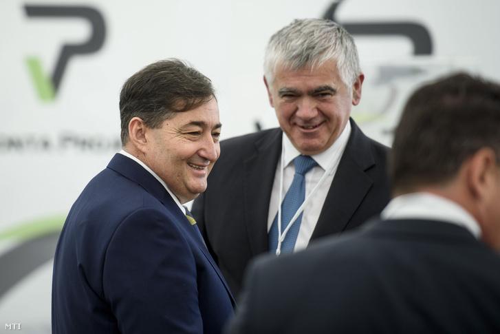 Mészáros Lőrinc a Visonta Projekt Kft. tulajdonosa a cég búzafeldolgozó üzemének alapkőletételén Visontán 2017. április 24-én.
