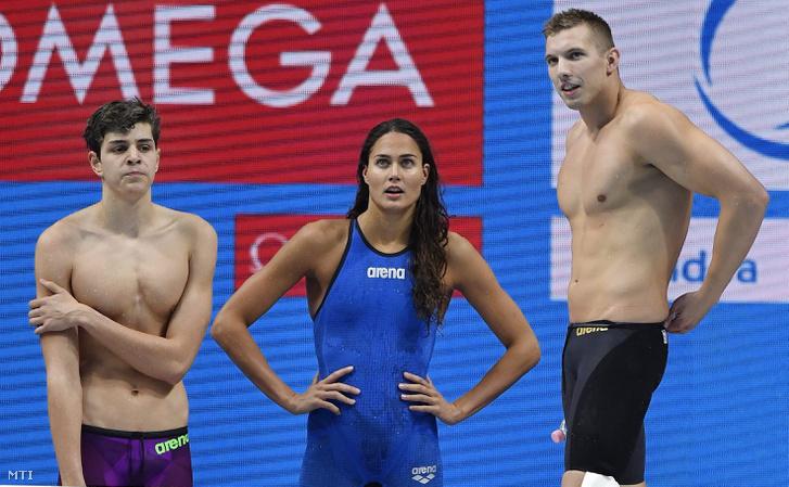 Németh Nándor (b) Jakabos Zsuzsanna Kozma Dominik és Verrasztó Evelyn (lent) a 4x100 méteres vegyes gyorsváltó előfutamában