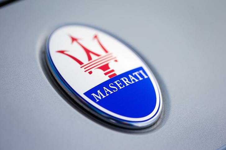 2015-maserati-ghibli 100505901 l