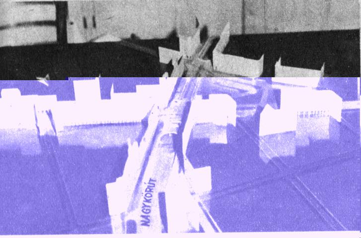 A Nagykörút forgalma a Rákóczi út alá terelve (támpontot itt is a New York-palota tornya adhat: a NAGYKÖRÚT felirat épp ott van előtte)