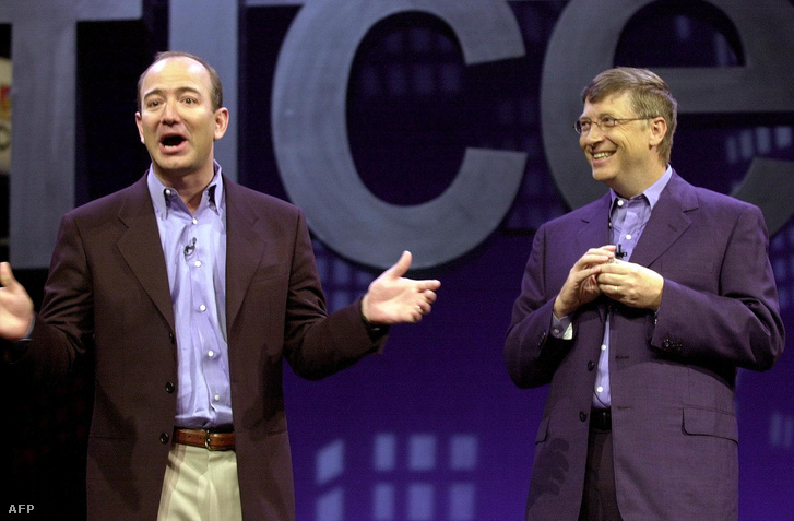 Jeff Bezos és Bill Gates 2001-ben