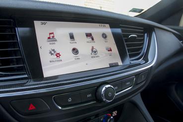Jól kezelhető az Opel fedélzeti rendszere