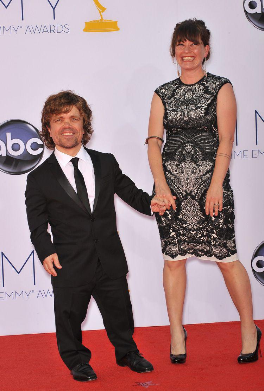 Peter Dinklage 2005-ben vette feleségül Erica Schmidt színházi rendezőt. Két közös gyermekük született.