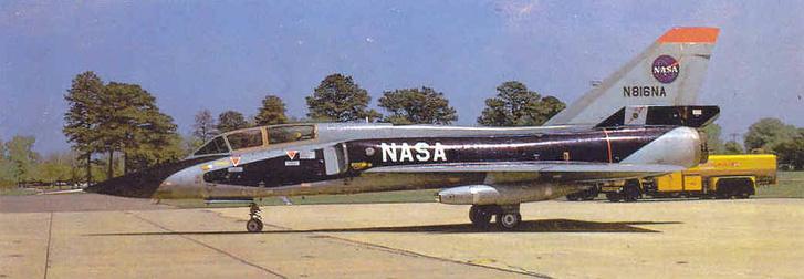 A kísérletek során használt F-106-os.