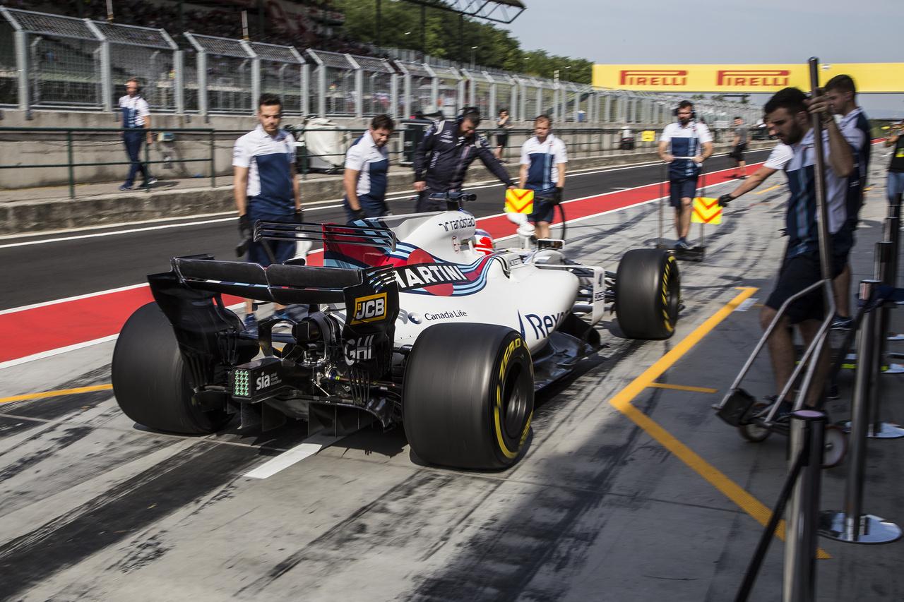 A Williams az első napon mégsem tudta bevetni a már a futamot is betegsége miatt kihagyó Massát, így Lance Stroll ugrott be helyette kedden, majd szerdán már a tervek szerint az F2-ből Luca Ghiotto kapott lehetőséget, aki lelkesen letekert 161 kört, nem lehet panasz az ifjú olasz szorgalmára