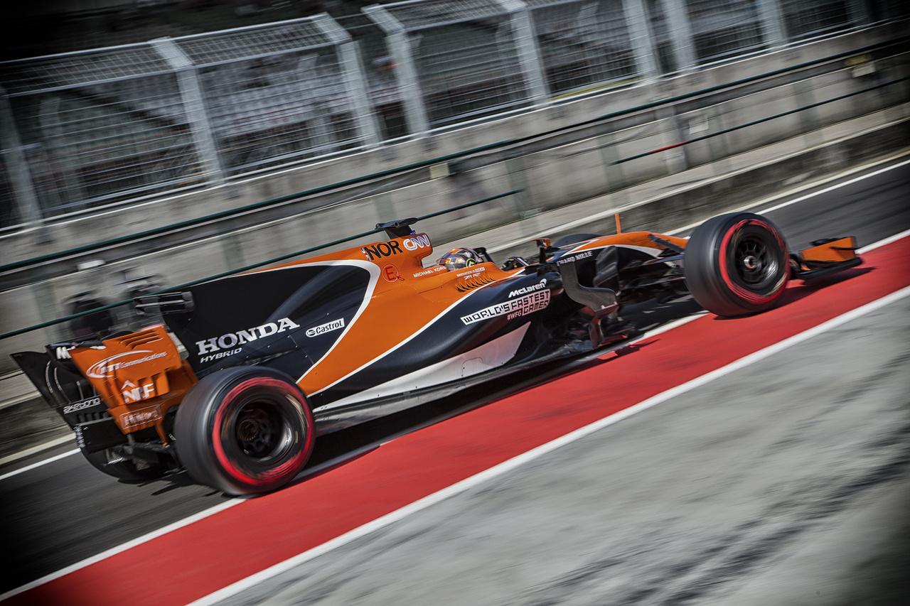 Vigyázó szemeitek Lando Norrisra vessétek: a Forma-3-as menő végzett a lábadozó McLarennel a szerdai tesztnap végén, csupán Vettel tudta bő két tizeddel elverni