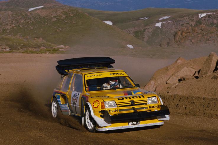 Kis autóra is jutott nagy szárny: a Peugeot 205 T16 szintén a Pikes Peak-en küzdött ezzel az emeletes hátsó szárnnyal