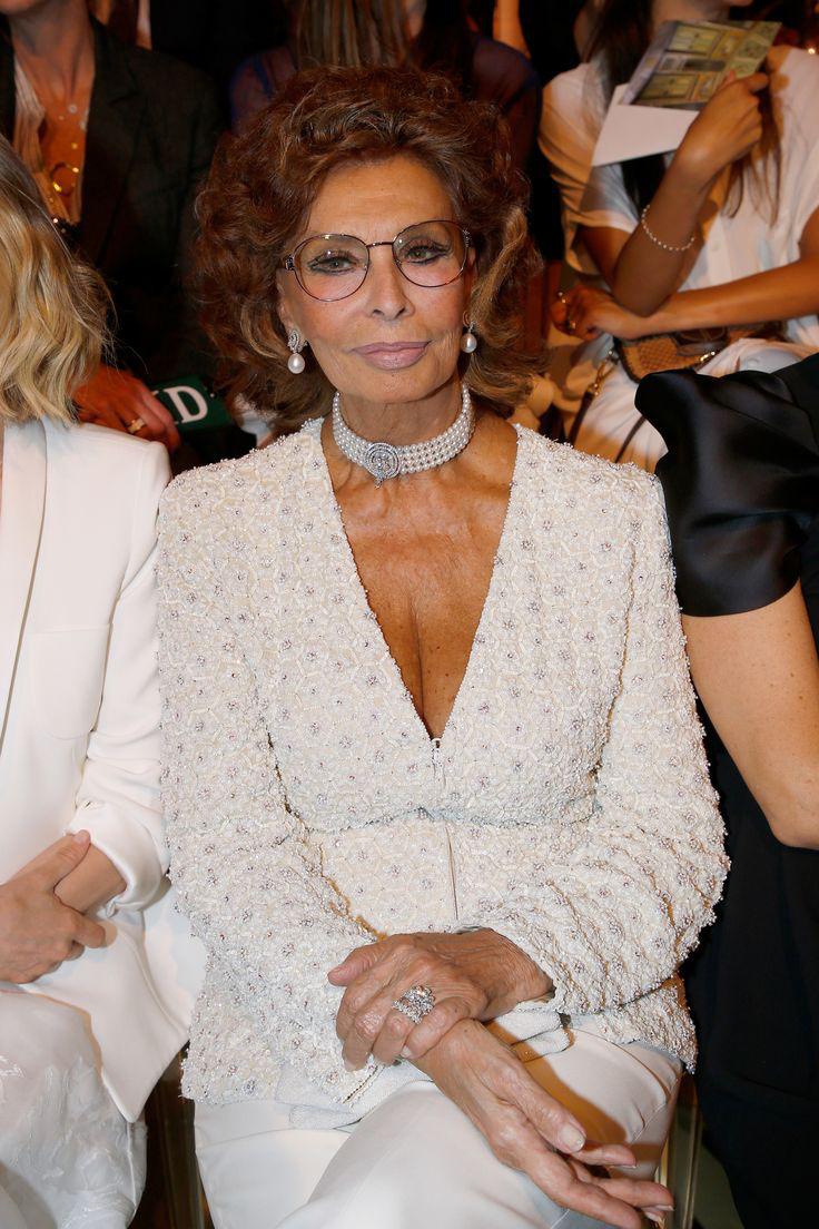 Sophia Loren 82 évesen is lélegzetelállítóan néz ki.