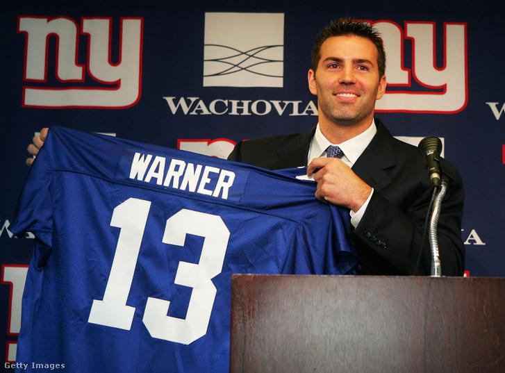 Nem sokat maradt a Giantsnél, egy későbbi kétszeres Super Bowl-győztesnek, Eli Manningnek kellett átadnia a helyét