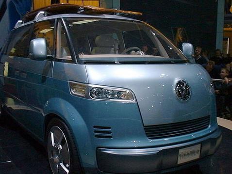 500x 800px-vw microbus 2001 1