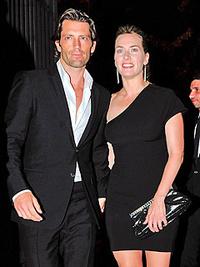 Kate Winslet és Louis Dowler