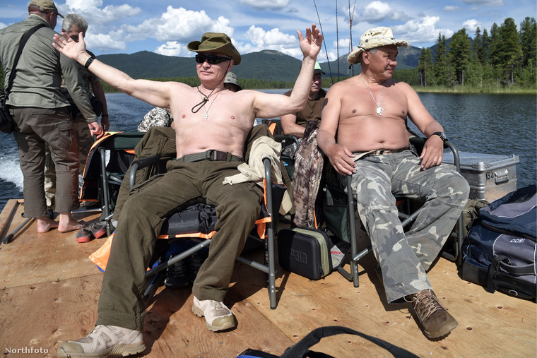 Putyin napozik.
