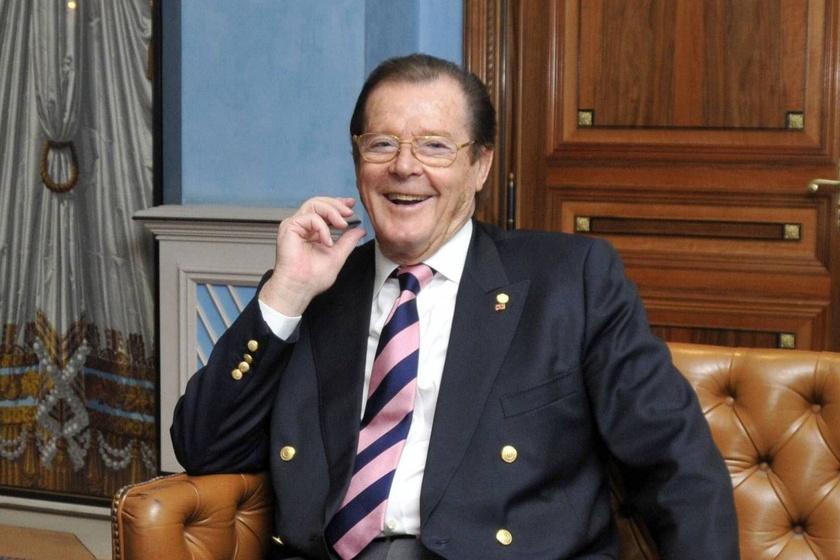 Fájó szívvel búcsúztunk Sir Roger Moore-tól, akit május végén temettek el monacói otthona közelében.