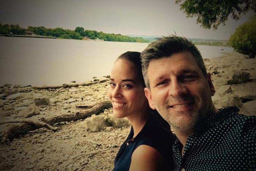 Kárász Róbert és Róza így romantikáztak a Duna-parton.