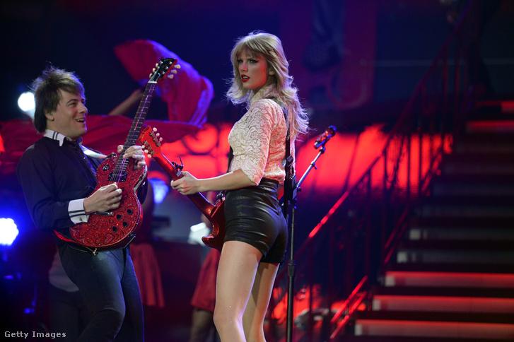 Taylor Swift 2013-ban a denveri koncertjén.