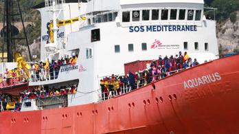 Bekérették Rómában a francia nagykövetet az Aquarius mentőhajó miatt