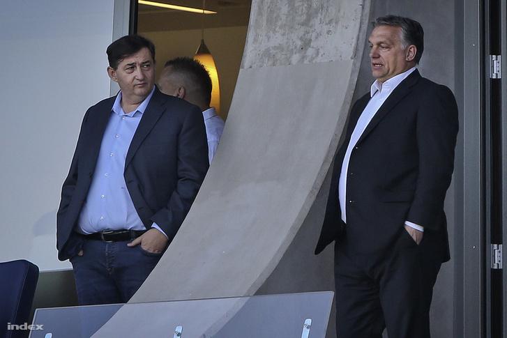 Mészáros Lőrinc és Orbán Viktor a Felcsúton Pancho Arénában.