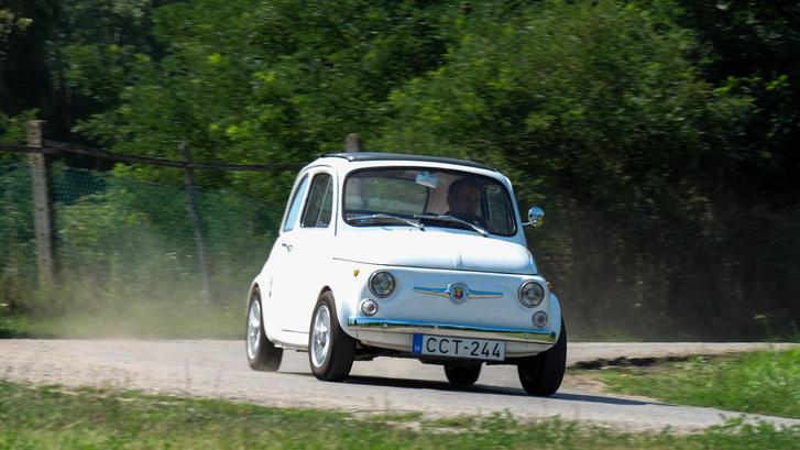 Fiat 500-assal jót autózni? Olyan igazán húzósat? Ezzel simán lehet