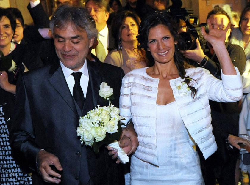 A pár hivatalosan 2014-ben kötötte össze az életét, azonban igaziból a megismerkedésük estéjétől kezdve úgy élnek, mint egy házaspár.
