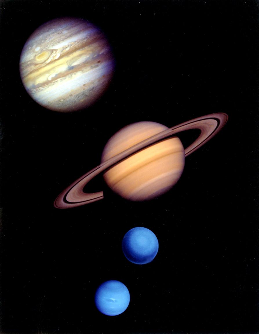 A Voyager 2 bolygóportréi egy közös montázsba rendezve.