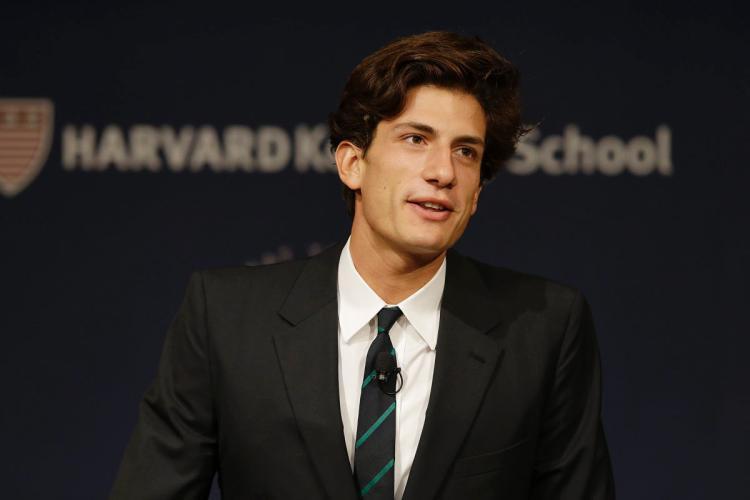 Jack 2015-ben végzett a Yale Egyetemen, de idén egy másik borostyánligás felsőoktatási intézménybe is felvételt nyert: a Harvard jogi karát kezdi ősztől.