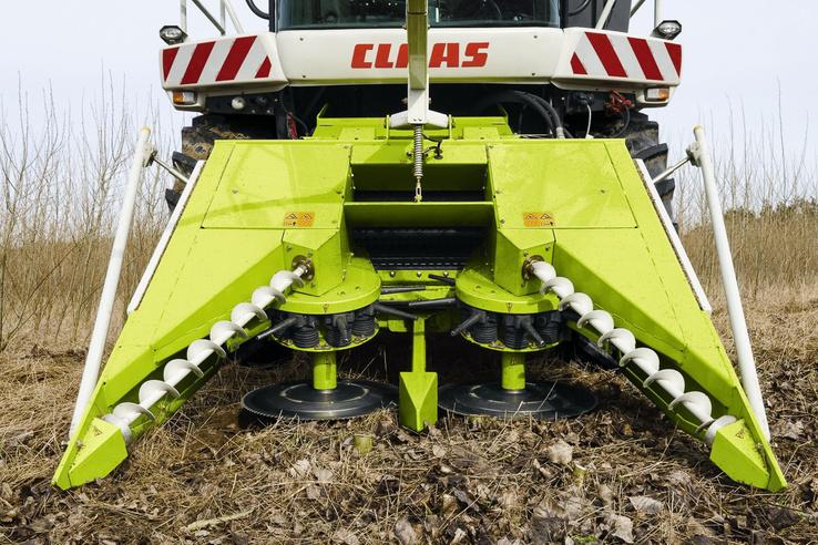 Mondjuk egy sötét utcán ne ez jöjjön szembe: az energiaerdő aratására való adapter