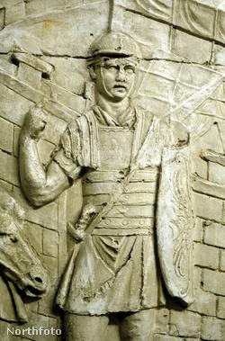 Római légiós Trajánusz oszlopán, Rómában