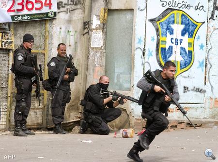 4 napja tart a nagyszabású rendőri akció