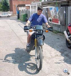 Elég zavaros fogalmaim voltak arról, mit is takar a motorozás, mint hobbi (2001. április)