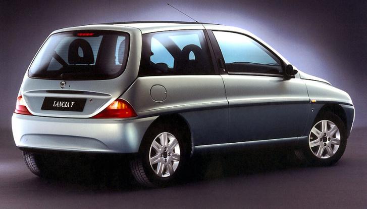 Lancia Ypsilon 2001 02