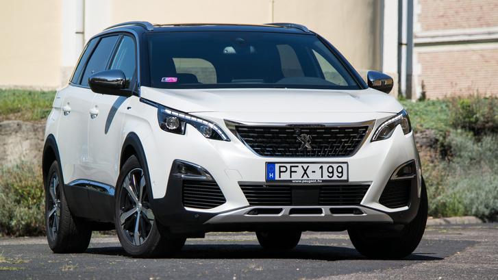 Talán az egyik legjobban kidolgozott mai SUV-formaterv a Peugeot 3008/5008 típusoké