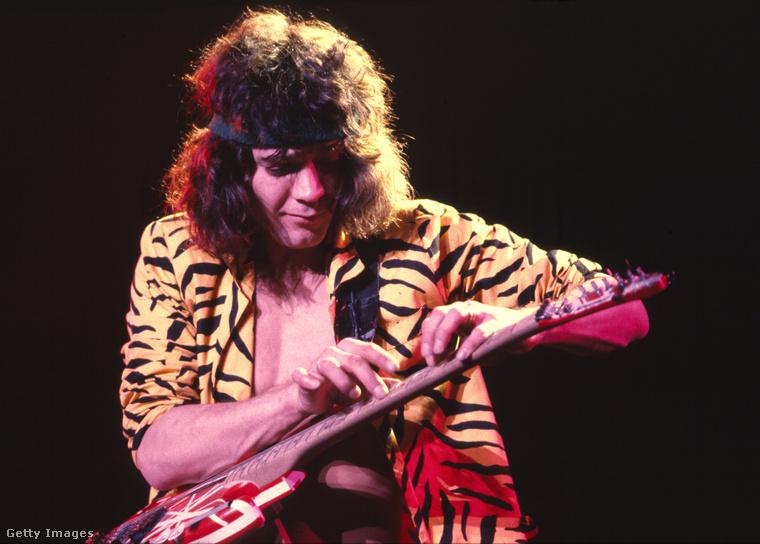 Azóta is együtt vannak, egyébként Van Halen előtte egyszer volt házas, huszonöt évig.