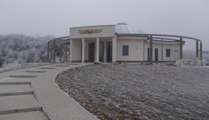 A Fehér Sas Páholy épülő központja a Pilisben