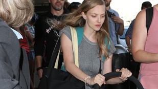 Amanda Seyfried megszellőztette a kislányát, és csoda, hogy túlélte